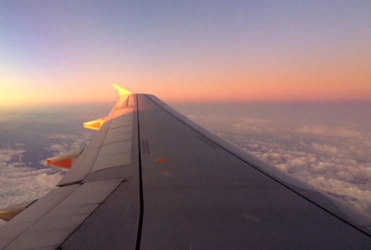 Flying01
