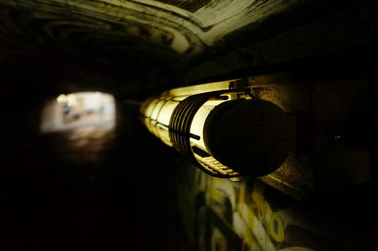TunnelFluro