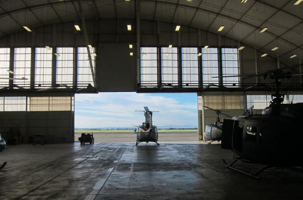 Iriquois hanger