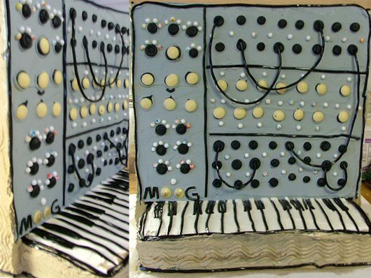 synth cake